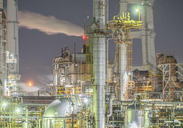 工場における生産計画や生産設備の見直しに役立つミュレーションの活用事例