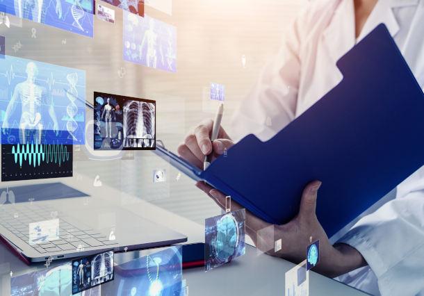 機械学習を活用した電子カルテのテキスト情報分析システム開発事例