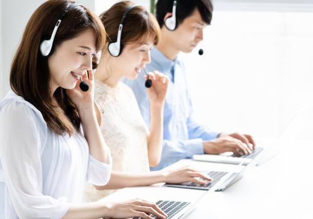 シミュレーションによる問い合わせ部門の人員配置計画活用事例